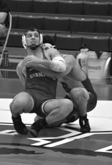 BRO-STA 165 2018-01-13 DSC_8420 bw (bix02138) Tags: brownuniversity brownbears stanforduniversity stanfordcardinal pizzitolasportscenter pizzitolasportscenterbrownuniversity providenceri january13 2018 wrestling sports intercollegiateathletics athletes jocks ©2018lewisbrianday 165pounds 165 jonviruet jaredhill