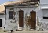 Die lästige Angewohnheit der Hunde, Mauern zu markieren, bewirkt oft nicht Gutes ;-); Lagos, Algarve (1) (Chironius) Tags: lagos portugal algarve