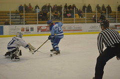 DSC_4108 (BEsmay) Tags: bloomington boys bantam canada duluth hockey ice jeffersonhockey jefferson nikon tournament thunderbay usa winter youthhockey youth blaze blazebraswell