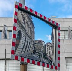 Place St-François, Lausanne (axel274) Tags: lausanne nikond3400 nikonpassion miroir mirror suisse vaud