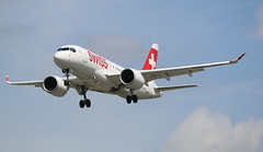 Swiss Bombardier CSeries CS100 (AMSfreak17) Tags: amsfreak17 danny de soet canon 70d lhr egll london heathrow airport luchthaven vliegtuigen vliegtuig aircraft airplane jet jetphotos planespotting luchtvaart vertrek aankomst departure arrival spotter planes world of airplanes united kingdom great britain europe approach landing runway 27r 09l swiss bombardier cseries cs100 hbjbb