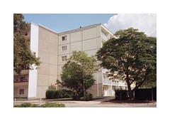 (Dennis Schnieber) Tags: 35mm kleinbild analog color film compact fürstenwalde spree brandenburg plattenbau p2
