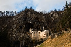 Castello di Postumia (vannuc) Tags: postojna top walking winter holiday canon history nature sky reflex postumia slovenia castello castle