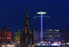 Edinburgh Christmas Scene (Oliver MK) Tags: edinburgh christmas xmas scene walter scott monument lights night exposure long scotland writer photography nikon d5500 uk victorian gothic spire ride market cityscape