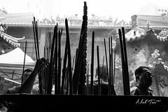 CNY Day01 Praying (akira.nick66) Tags: blackandwhite bnw bw city cny cny2018 jostick pray praying street streetphotography streetview wish
