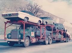 Mack V8: Rene's A-T (green) (PAcarhauler) Tags: mack carcarrier semi truck trailer tractor