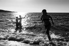 Getting Close (Jean Boris HAMON) Tags: balagne beach blackwhite blackandwhite corsica dusk famille family fe2870mmf3556oss france lili lozari margot portrait sonya7mkii sunset palasca corse fr