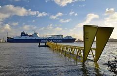 Vlaardingen hoogwater (Hugo Sluimer) Tags: portofrotterdam port haven vlaardingen zuidholland hoogwater onzehaven nederland holland nlrtm nl