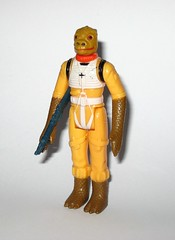 bossk bounty hunter star wars the empire strikes back 1980 action figure hong kong coo 2 a (tjparkside) Tags: bossk bounty hunter hunters star wars 1980 empire strikes back vintage basic action figure figures kenner original blaster rifle hong kong coo version variant esb tesb episode 5 v five 2 lighter limbs thinner gaps chestplate softer details torso pieces 7 petal like right leg country one year other