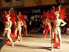 Tarragona rua 2018 (86) (calafellvalo) Tags: tarragona rua carnaval artesania ruadelaartesanía calafellvalo carnival karneval party holiday parade spain catalonia fiesta modelos bellezas estrellas tarraco artesaniatarragonacarnavalruacarnivalcalafellvalocarnavaldetarragona