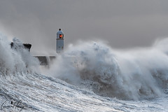 Storm Eleanor (geraintparry) Tags: south wales southwales geraint parry geraintparry sigma sigma105 150600 105mm d500 nikond500 porthcawl lighthouse storm eleanor sea coast wave waves windy wind sky water