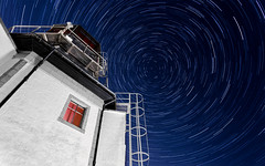Old harbour tower.jpg (___INFINITY___) Tags: 6d aberdeen harbour marineoperationscentre blue canon canon1740f4 controltower darrenwright dazza1040 eos infinity light longexposure night oldharbouttower scotland star starstax trails stars sky