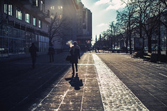 Puff (ewitsoe) Tags: winter snow canon ewitsoe street urban city cityscape pedestrian people walking warsaw warszawa poland polska capital canoneos6dii 50mm lseries day night afternoon sidewalk wander life live
