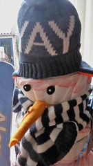 Yay, the diaper snowman (Alta alatis patent) Tags: snowman luiers yay diapers present
