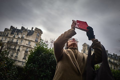 (thierrylothon) Tags: leica leicaq parisiledefrance paris bastillegaredelyon personnage streephotography lumière urbain publication flickr fluxapple phaseone captureonepro c1pro collection portfolio îledefrance france fr
