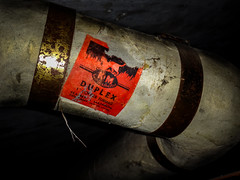 "Keasbey & Mattison Labeled ""Duplex"" Asbestos Pipe Insulation (Asbestorama) Tags: asbestos asbesto amiante amianto asbest safety risk hazard exposure ih acm survey inspection industrialhygiene pipe tsi thermal system mechanical insulation lagging km keasbey mattison best label sticker brass band banding duplex ambler pennsylvania pa cat hades flames fire"