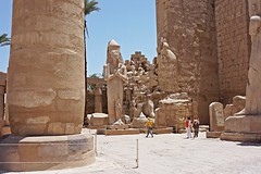 Luxor, Egypt - Temple of Karnak (Therese Beck) Tags: luxor egypt luxoregypt nilevalley egyptnilevalley luxornilevalley templeofkarnak luxortempleofkarnak egypttempleofkarnak