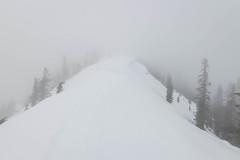 Final stretch (johnwporter) Tags: hiking scramble snowshoe cascades mountains 徒步 爬行 雪鞋行 喀斯喀特山脈 山 國家森林 奧卡諾根韋納奇國家森林 卡契斯脊 卡契斯燈塔 小卡契斯峯 mountbakersnoqualmienationalforest nationalforest littlekachesspeak kachessbeacon kachessridge
