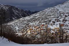 Sotres, Asturias (_JLC_) Tags: sotres asturias españa spain paisaje landscape nieve snow naturaleza nature montaña mountains invierno winter canon canon6d eos 6d 50mm 50mm14 sigma sigmaart sigmaart5014