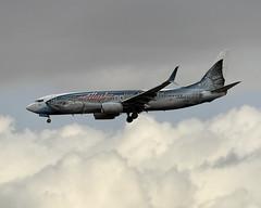Boeing 737-800 (Titanium Man) Tags: boeing boeing737 737 alaskaairlines salmonthirtysalmonii wildalaskaseafood n559as 737800