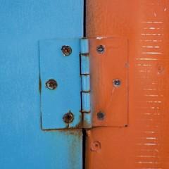 hinge (RobertsNL) Tags: 7daysofshooting week27 banginthemiddle colourfulthursday