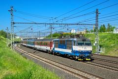 "ZSSK 350 014-7 ""Ondro"", Ex 126 ""Bečva"" / Express train 126 ""Bečva"" (Žilina - Praha hl.n.) with locomotive Gorila 350 014 - Praha Nové spojení (Rostam Novák) Tags: ondro 350014 gorila zssk ex bečva 126"