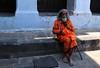 Nepal- Katmandu- Pashupatinath (venturidonatella) Tags: nepal asia katmandu pashupatinath persone people gentes ritratto portrait emozioni colori colors arancio arancione orange sadhu santone nikon d300 nikond300 barba bestportraitsaoi