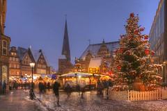 Weihnachtsmarkt17143094_5_6_7_tonemapped-2.jpg (Torsten Krüger Photography) Tags: deutschland bremenhansestadt abend abends abenddämmerung architektur aussen brd bundesland d daemmerung freie gebauedetourismus norddeutschland sehenswuerdigkeit stadt stand stände verkaufsstand verkaufsstände bude budenweihnacht weihnachten weihnachtlich weihnachtsdekoration vorweihnachtszeit weihnachtsmarkt weihnachtszeit advent adventszeit alte historische haus häuser altstadt altes rathaus markt marktplatz townhall dom with christmasmarket market square bremen germnany europe city old cityhall christmas decoration architecture building stall stalls evening twilight dusk bluehour hdr kirche church liebfrauenkirche schnee verschneit