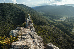 Seneca Rocks [08.20.17] (Andrew H Wagner | AHWagner Photo) Tags: 5dmk3 5d3 5dmkiii 5dmarkiii 5dmark3 outdoors explore exploration exploring hiking summer nature landscape monongahelanationalforest monongahela nationalforest lookout overlook alleghenymountains spruceknobsenecarocksnationalrecreationarea senecarocks crag rocks riverknobs mouthofseneca rocky mountain valley forest woods trees canon eos 1635l 1635mm f4 f4l is usm