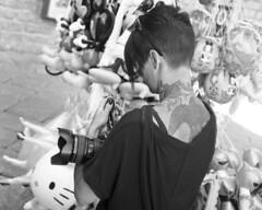 Tattooed girl (Franco & Lia) Tags: tempiopausania sardegna sardinia street fotografiadistrada photographiederue nikon af3 ilford fp4 bellini hydrofen studional pellicola film analogico analog argentique