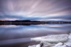 Avril sur le Saguenay (gaudreaultnormand) Tags: avril canada frais leverdesoleil longueexposition lumière quebec saguenay sunrise