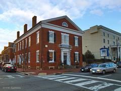 An Old Bank Building (r.w.dawson) Tags: fredericksburg virginia va usa building architecture historic bank restaurant civilwar abelincoln