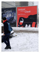 [ B L E U  /   B L A N C  /    R O U G E ] (michelle@c) Tags: urban cityscape city snow poster exhibition boy walking public library tower numbers laws troiscouleurs blue white red blau weiss rot cinematographic tribute mmmkk bnf parisxiii 2018 michellecourteau