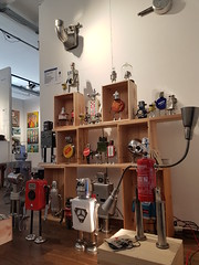 Grand salon d'art abordable (Gille Monte Ruici) Tags: assemblage art artistic assembled bots bot box character craft creature creation doityourself design diy detalhesemferro détournement decoration droid droïde exposition exhibition foundobjects fiction foundartrobot gillemonteruici geek hijackingobjects handmade homemaderobots homemade invader invention industrial invaders invasion junkrobot junk metal monster metallic maker metalbox metalart make recycling recycledmetalart robot robotssculpture robotics repurposed reused reuse retro recycledassemblage recup recyclage recycledreusedrobotsculpture paris salon grandsalondartabordable sculpture steel space sci upcycling vintage