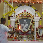 "Guru Puja 2018 _ 01 (5) <a style=""margin-left:10px; font-size:0.8em;"" href=""http://www.flickr.com/photos/47844184@N02/25718259288/"" target=""_blank"">@flickr</a>"