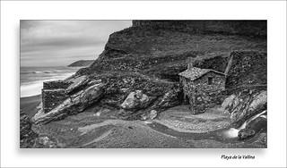 Molino - Playa de la Vallina // Panorámica (ByN)