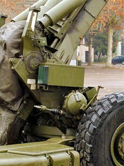 "FH-70 155mm Field Howitzer 27 • <a style=""font-size:0.8em;"" href=""http://www.flickr.com/photos/81723459@N04/25982030928/"" target=""_blank"">View on Flickr</a>"
