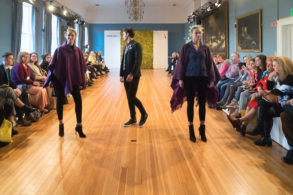 MADE-Slow PRESENTATION OF QUALITY IRISH FASHION DESIGN - STUDIO DONEGAL [FASHION SHOW AT THE RDS JANUARY 2018]-136255