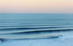 7764BWC (Rafael González de Riancho (Lunada) / Rafa Rianch) Tags: sunrise amanecer waves vagues ondas sea mar