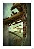 Vidas frías, rotas (V- strom) Tags: arquitectura arquitecture ladrillo brick madera wood rojo red edificio muro wall building cielo sky texturas textures nikon nikon2470 nikond700 irix15mm concepto concept abandonado abandoned ruinas debris roto broken tejado roof detalles details
