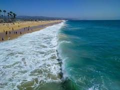 Curling Surf - Balboa Pier, California (BeerAndLoathing) Tags: usa surf waves california summer beach roadtrip trips ocean californiatrip july nexus6p android googleandroid 2016 google newportbeach unitedstates us
