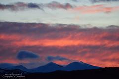 Temps perturbé (gil streichert) Tags: nuage soleil soir crepuscule perturbation alpes haute provence monges