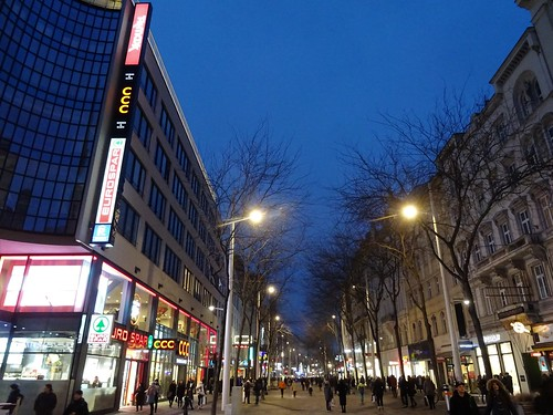 Wien, 6./7. Bezirk (the art of historic places in the suburbs not far away from downtown Vienna), Mariahilfer Straße