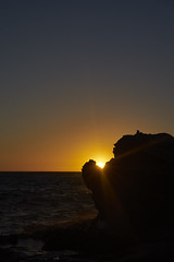 Sunset in the Rocks (Stueyman) Tags: sony alpha ilce a7 a7ii za zeiss wa westernaustralia perth rockingham capeperon sunset sky rocks water ocean coast 55mm