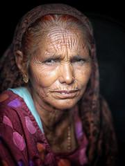 India (mokyphotography) Tags: india rajasthan udaipur donna oldwoman ritratto people portrait persone picture canon face viso village villaggio travel viaggio