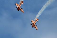 AirbourneFriday2017-151 (mcaviationphoto) Tags: airbourne eastbourne 25thanniversaryofairbourne breitlingwingwalkers breitlingsa aerobatic aerobaticteam civilianaerobaticdisplayteam boeingstearmanmodel75 boeingstearmankaydet stearman kaydet stearmanaircraftcorporation theboeingcompany boeing boeingstearman biplane trainer warbird aerosuperbaticsltd rfcrendcombairfield