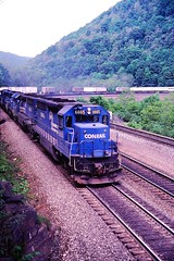 CR 6665 at Altoona, PA (dl109) Tags: conrail sd452