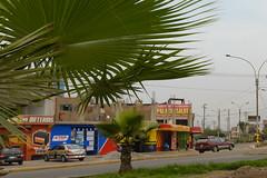 Suburbian (frantyky) Tags: comas city urban street ciudad perú lima municipalidadmetropolitanadel municipalidadmetropolitanadelima pe
