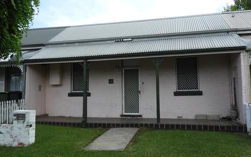 12 Henry St, Bathurst NSW 2795