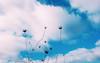 Tan sencillo. (Momentos que no se buscan...) Tags: galicia españa spain cielo sky colores color azul blanco white blue perspectiva invierno winter nature naturaleza photography mobile